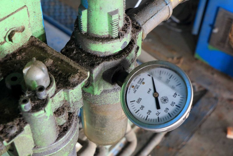 A pressure gauge, once no doubt important to an operator, now reads a perhaps symbolic zero.